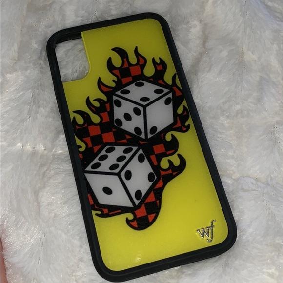 low priced 8c5f9 bfc40 Tana Mongeau wildflower iphone x / xs case